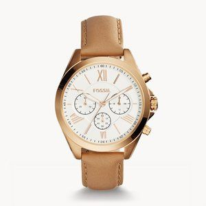 🌼 NWT Fossil tan leather watch